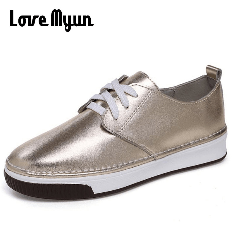 2018 new loafers for women fashion women leather sneakers shoes flats casual student glirs shoes Bright surface shoes XA-75
