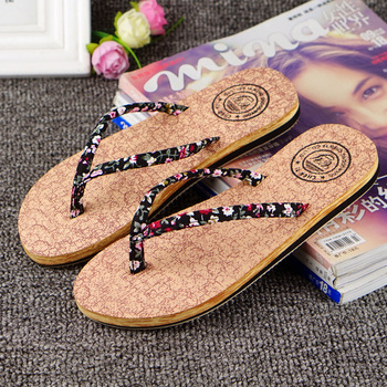 POADISFOO  2019 Women Slipper Ladies Wood Grain Flip Flops Flat wear-resistant TPR Bottom Slippers Summer Beach Shoes WNH-5185 slipper