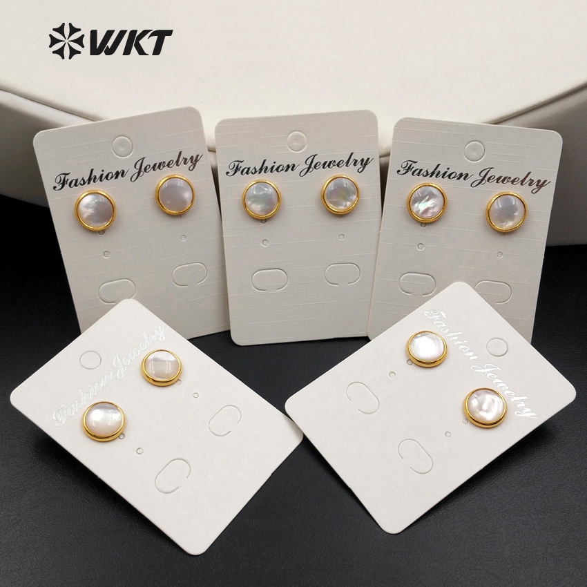 WT-E334 Wholesale Custom Natural White Shell Round Earrings With Gold Trim Elegant Accessories For Woman Gift