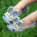 Sandálias de coelho de crochê para o bebê menina de 7 cm até 18 cm cor cinza casa shose