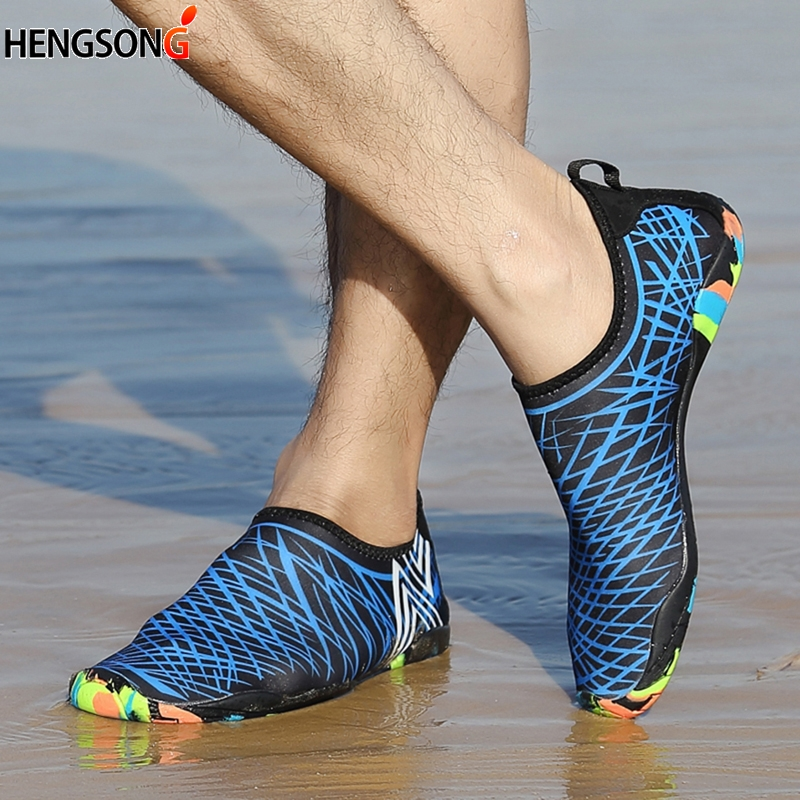 Summer Breathable Sports Shoes Men Women Beach Shoes Quick Dry Lightweight Beach Jogging Swimming Walking Shoes Couples
