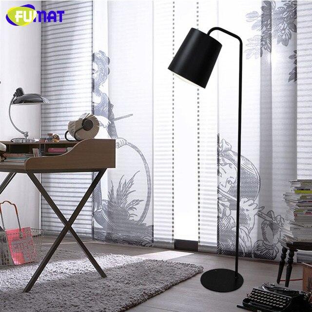 US $299.25 5% di SCONTO|Lampada Da Terra FUMAT Nordic Stand di Design  Lampada Camera Da Letto Moderna Accanto Luce Nero Bianco Giallo Ferro  Lampade da ...