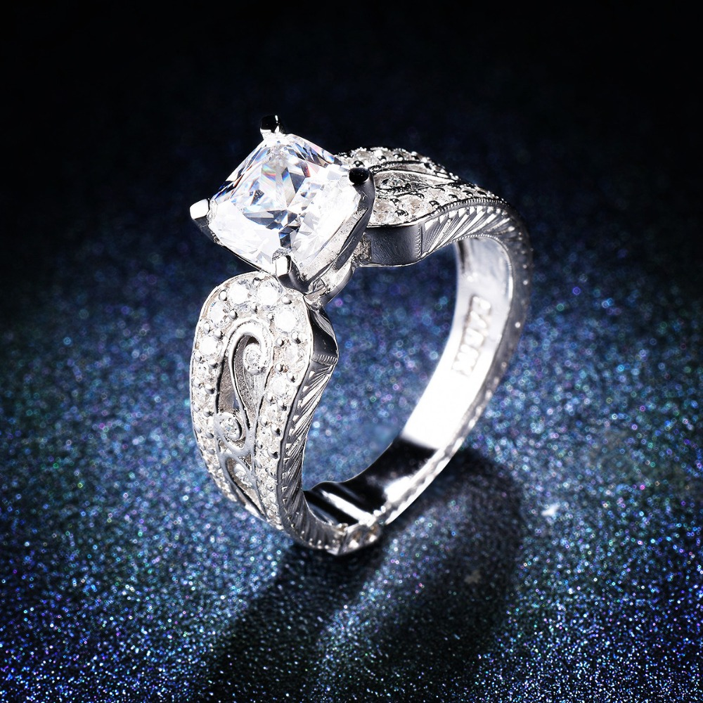 Vintage Style Certified S925 Sterling Silver Ring 1.5 Ct Simulated Diamond Exquisite Rings for Women Bridal Wedding Engagement