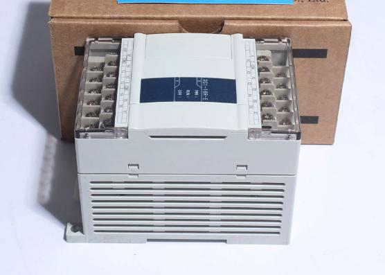 14point NPN input 10point Transistor/Relay output XC2-24RT-E PLC AC220V cable new original 14point npn input 10point transistor output xc2 24t e 12 plc ac220v with cable software