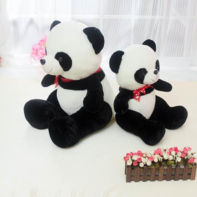 2b50c2b2fb Commercio all'ingrosso seduta Panda sciarpa bambola bambini giocattoli di  peluche Panda orso orsetto di compleanno bambole in Commercio all'ingrosso  seduta ...