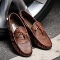 Diseño de Verano Hombres Pisos Resbalón En Los Zapatos de Cuero de Moda Masculina de Conducción Zapatos Mocasines Hombres Zapatos Casuales Chaussure Homme