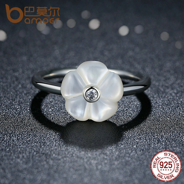 Sterling Silver White Flower Luminous Florals Ring