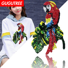 GUGUTREE embroidery Sequins big parrot patches bird badges applique for clothing XC-283