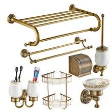 Европейский античный Твердый латунный подвесной набор для ванной комнаты, ретро держатель для бумаги, аксессуары для ванной комнаты, настенный держатель для туалетной щетки