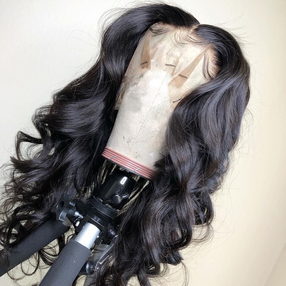 Βραζιλιάνικο σώμα κύμα 13x4 Lace μπροστά Αντρικά μαλλιά περούκες για τις γυναίκες Φυσικό μαύρο λευκασμένο απομακρυνθεί με τα μαλλιά μωρών Remy βουλωμένη VS BOB