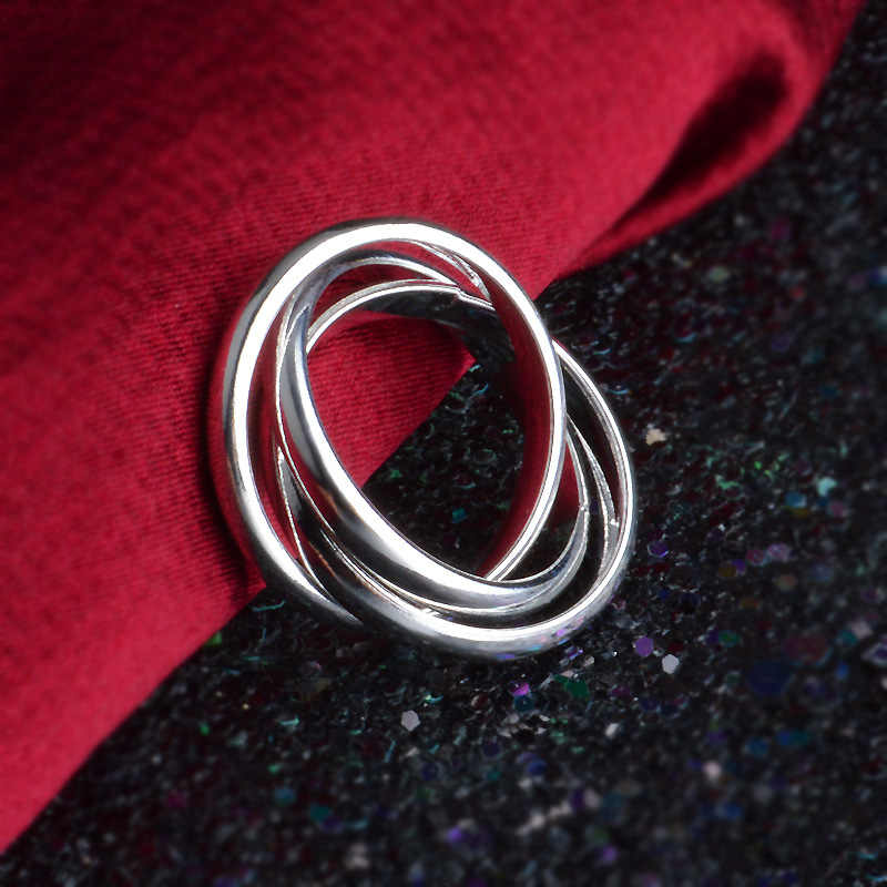 OMHXZJ ขายส่งบุคลิกภาพแฟชั่น OL ผู้หญิงสาวงานแต่งงานของขวัญเงินสามวงกลม 925 เงินสเตอร์ลิงแหวน RN276