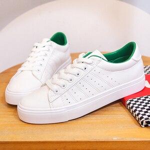 Image 2 - Baskets en cuir pour femmes 2020 tendance décontracté, baskets plates, chaussures confortables vulcanisées, nouvelle mode à lacets
