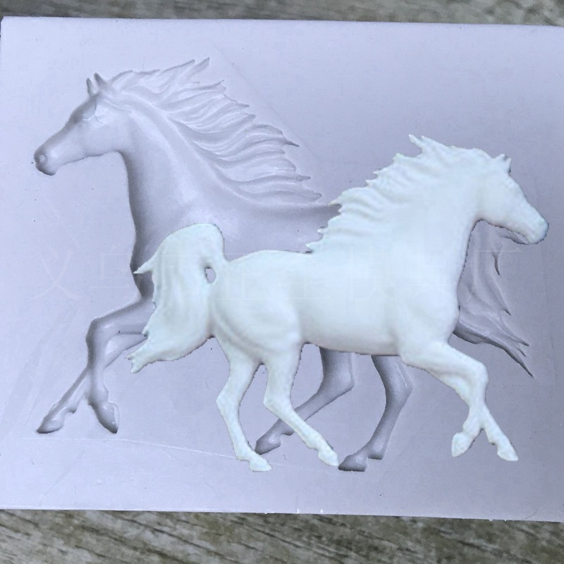 Luyou 3D Pegasus Silicone Mold Horse Candy Chocolate Fondant Molds Sugarcraft Cake Decorating Tools Cake Soap Moulds FM1693