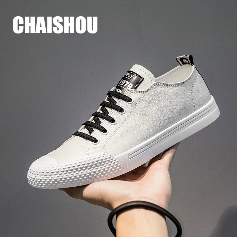 Spring New Genuine Leather Men Casual Shoes Breathable Wear Resistant Shoes Comfortable White Round Toe Lace Up Flat Snekaers