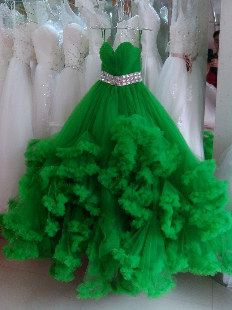 Nuages herbe vert mariage nouveau Slim soutien-gorge bretelles diamant ceinture robe de bal robe de mariée de luxe cristal vestito da sposa