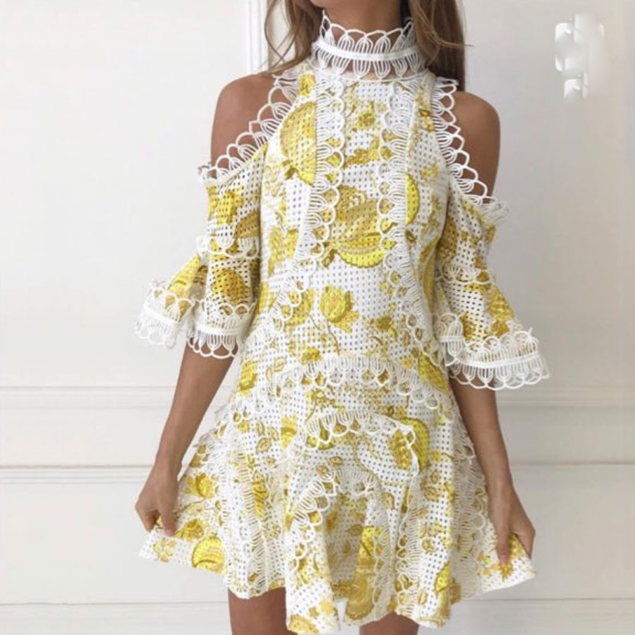 2019 été Designer Floral imprimer hors épaule dentelle évider femme Mini robe Flare manches taille haute élégante robe Vestidos-in Robes from Mode Femme et Accessoires    1
