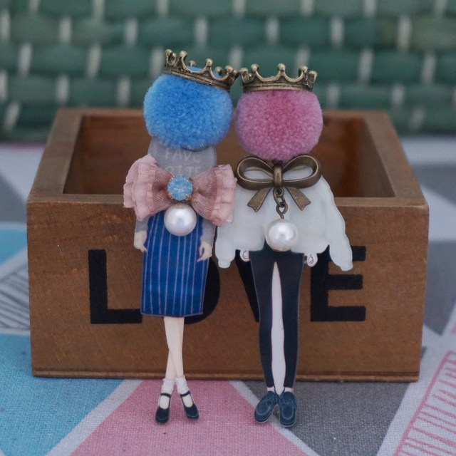 Woman fashion jewelry brooch girl cool cute brooch pins cartoon badge on backpack clothes icon Brooches  brooch for Woman