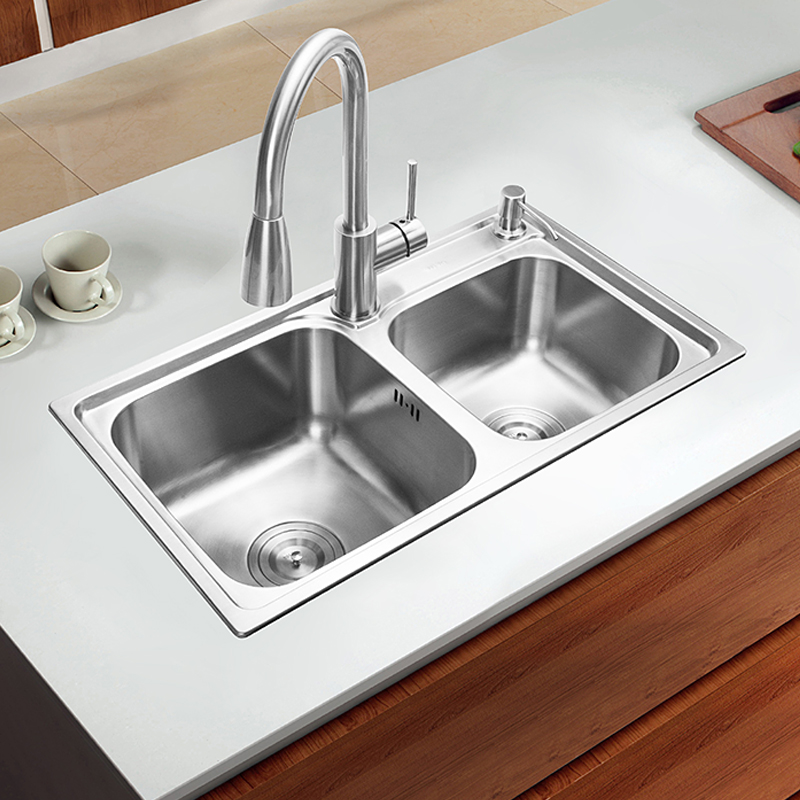 (680*390*220mm) 304 Stainless steel undermount kitchen sink set double Kitchen Sink+Strainer Set & Rinse Basket& Soap Dispenser free shipping food grade 304 stainless steel hot sell kitchen sink double trough 0 8 mm thick ordinary 78x43 cm