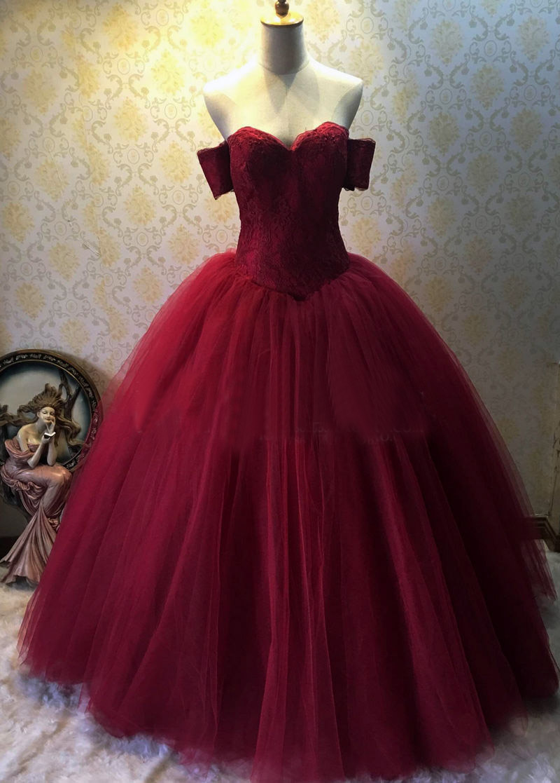 Burgundy Prom Dresses Ball Gown Sweetheart Neckline Lace Appliques ...