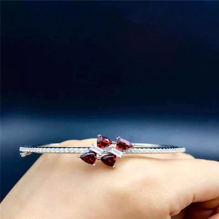 цена KJJEAXCMY fine jewelry s925 Pure silver inlaid with natural garnet bracelet jewelry.