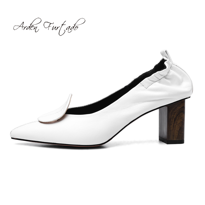 05c98b2291bd67 2019 on Tendance Furtado D'été Mode Pointu Pompes Bout Concis Couleur  Chaussures De Femmes white Épais Black Arden Slip Talons Pure Soirée L5j43RA