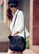 hot selling womens vintage handbags Panda control cartoon panda fashion casual shoulder Messenger bag
