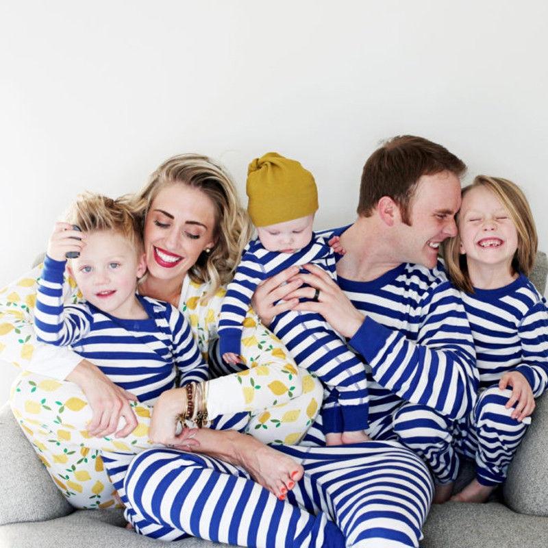 Xmas Kids Adult Family Matching Pajamas Set Christmas Father Mother Kid Striped Sleepwear Nightwear 2017 New Costume Clothes Set