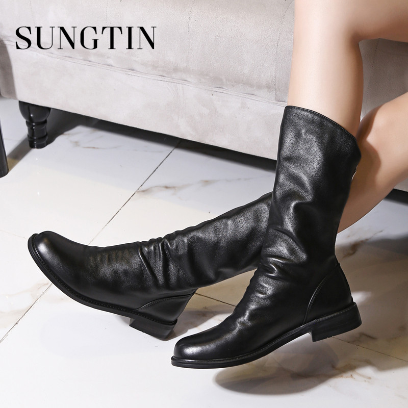 Sungtin Plush Warm Winter Boots Women Soft Genuine Leather Mid Boots Black White Flat Short Riding Boots Ladies Casual Booties цена 2017