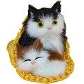 2 шт./лот Прекрасный Моделирование Кошка плюшевые мягкие Детские игрушки 2016 Новый Мягкий моделирование спальные кошки кукла 1 кошка-мать + детские игрушки для кошек