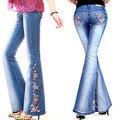2016 mujeres diamantes de la primavera Rhinestone flores bordado de la llamarada de los pantalones largos delgados femeninos pantalones vaqueros de campana pantalones de mezclilla W018