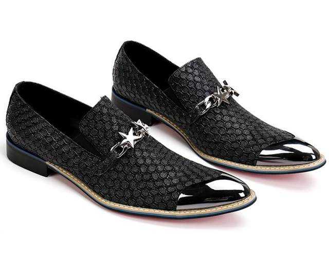 Fashion European Style Casual Formal Shoes For Men Black Genuine Leather Wedding Gold Metallic Mens Studded Loafers