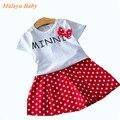 Malayu Bebê estilo Britânico 2017 nova moda dot terno ocasional das crianças (letras brancas T-shirt + arco saia ponto vermelho) 2-6 year-old