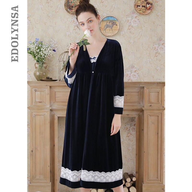 ebbc7902798 Элегантный халат платье комплекты осень Для женщин пижамы пеньюар наборы Темно  Синий халат кружева кимоно бархат сексуальная спинки платье комбинация T272  ...