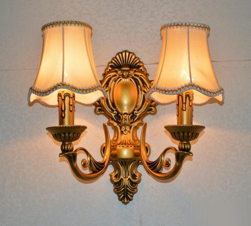Europæisk vintage messing jern stearinlys dobbelt skyder væg lampe hjem deco soveværelse bronze farve stof E14 pære væglampe
