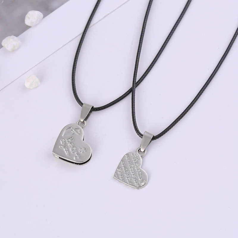 2 PCS/lot  Couple Necklace love   Pendant Love Heart Puzzle Matching Two Halves Heart for Lovers Memorial Day Gift