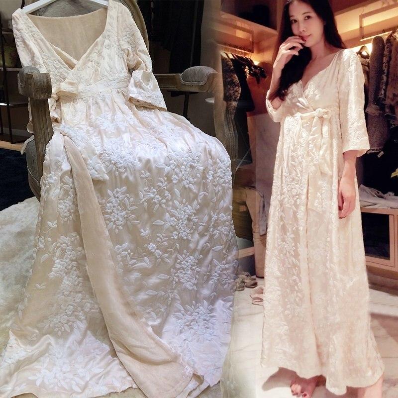 Renyvtil Одежда высшего качества Для женщин сексуальная Досуг роскошные Вышивка бархат Кружево длинная ночная Пижама длинные ночной халат ноч