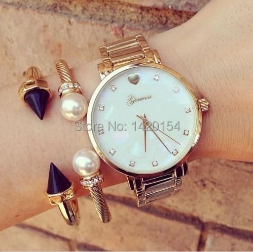 Moda Bayanlar Cenevre İnci Kadranı Bayan İzle Altın Bileklik - Kadın Saatler - Fotoğraf 1