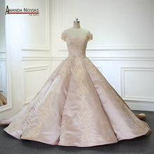 Amanda Chen Real Photos Luxury Long Train Wedding Dress