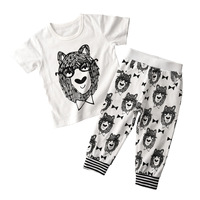 2pcs Lot Fashion 2017 New Newborn Baby Clothes Set Cotton Short Sleeves Pants Baby Pajamas Roupa