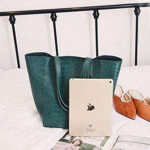 Image 4 - DAUNAVIA Women Alligator bucket bags Handbags Crossbody Bags For Women Shoulder Bags Messenger Bag Designer Leather Handbags