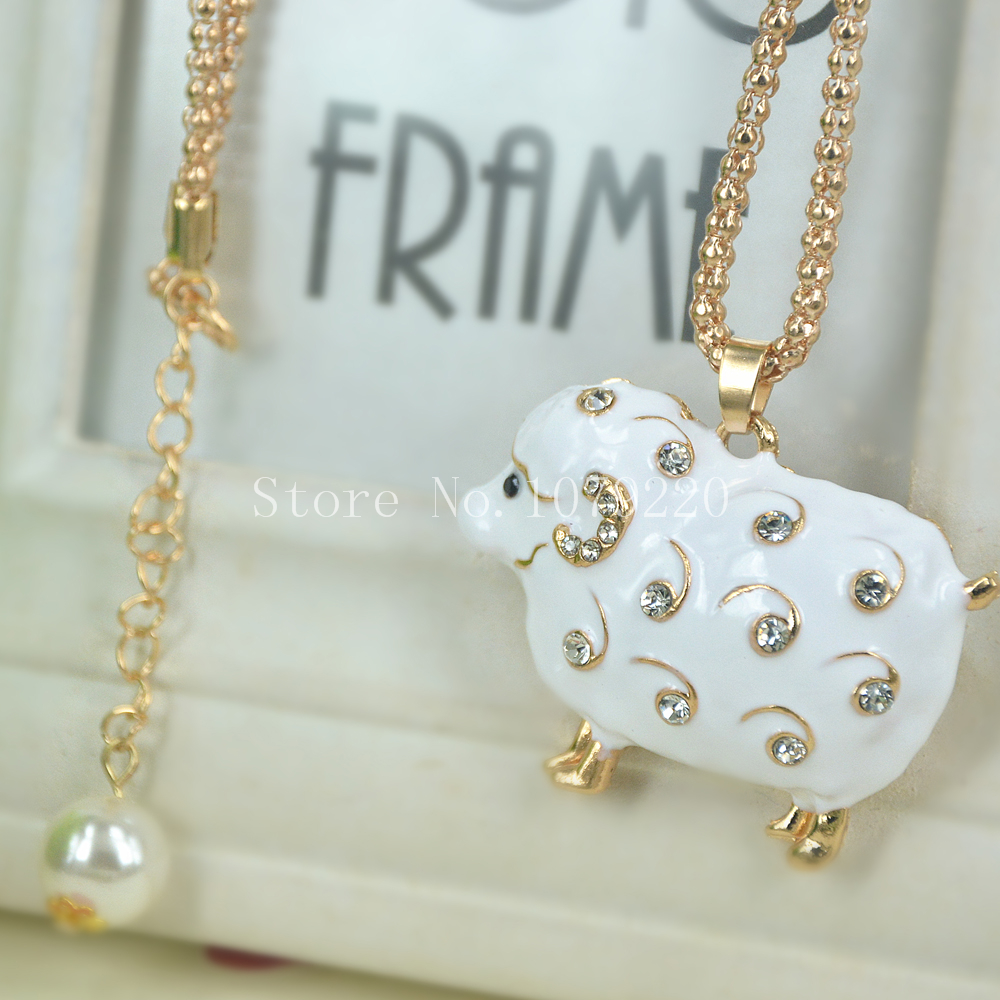 Cute Sheep Sweater Beads Necklace Jewelry Crystal Women Long Necklace Pendants Rhinestone Chain Christmas Valentines Lover Gift