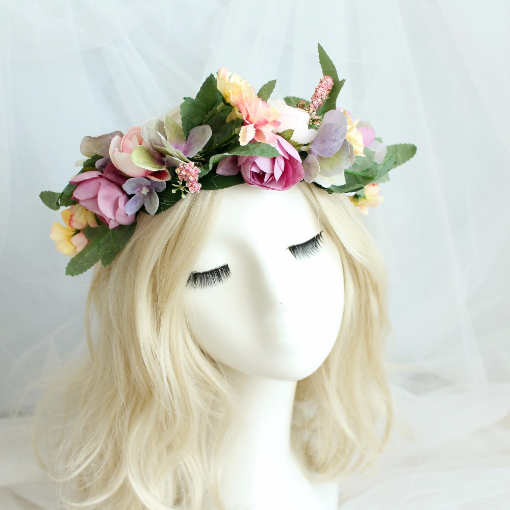 Flower Hair Pieces For Wedding: Flower Crown Wedding Bride Wreath Of Flowers On The Head