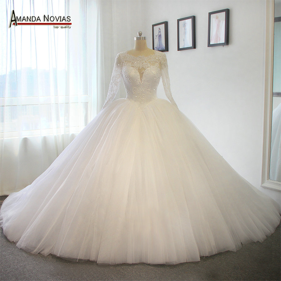 Long train wedding dress luxury puffy ball gown princess for No lace wedding dress