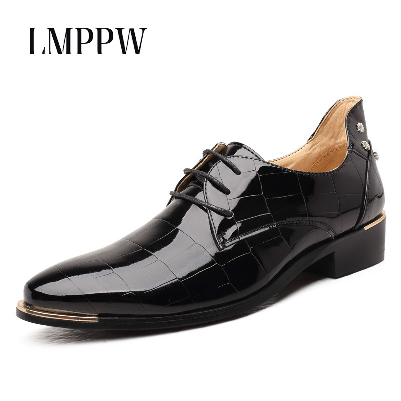 Black Shiny Patent Leather Men Shoes Leather Casual Oxford Shoes Pointed Lace Up Business Wedding Shoes Men Flats Soft Moccasin