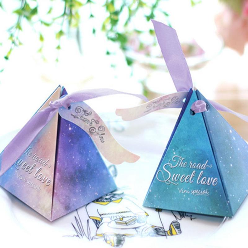 New Arrival 7.5cm Purple Gift Box Bowknot Ribbon Style Triangular Pyramid Wedding Favors galaxy Candy Boxes Party Supplies 3