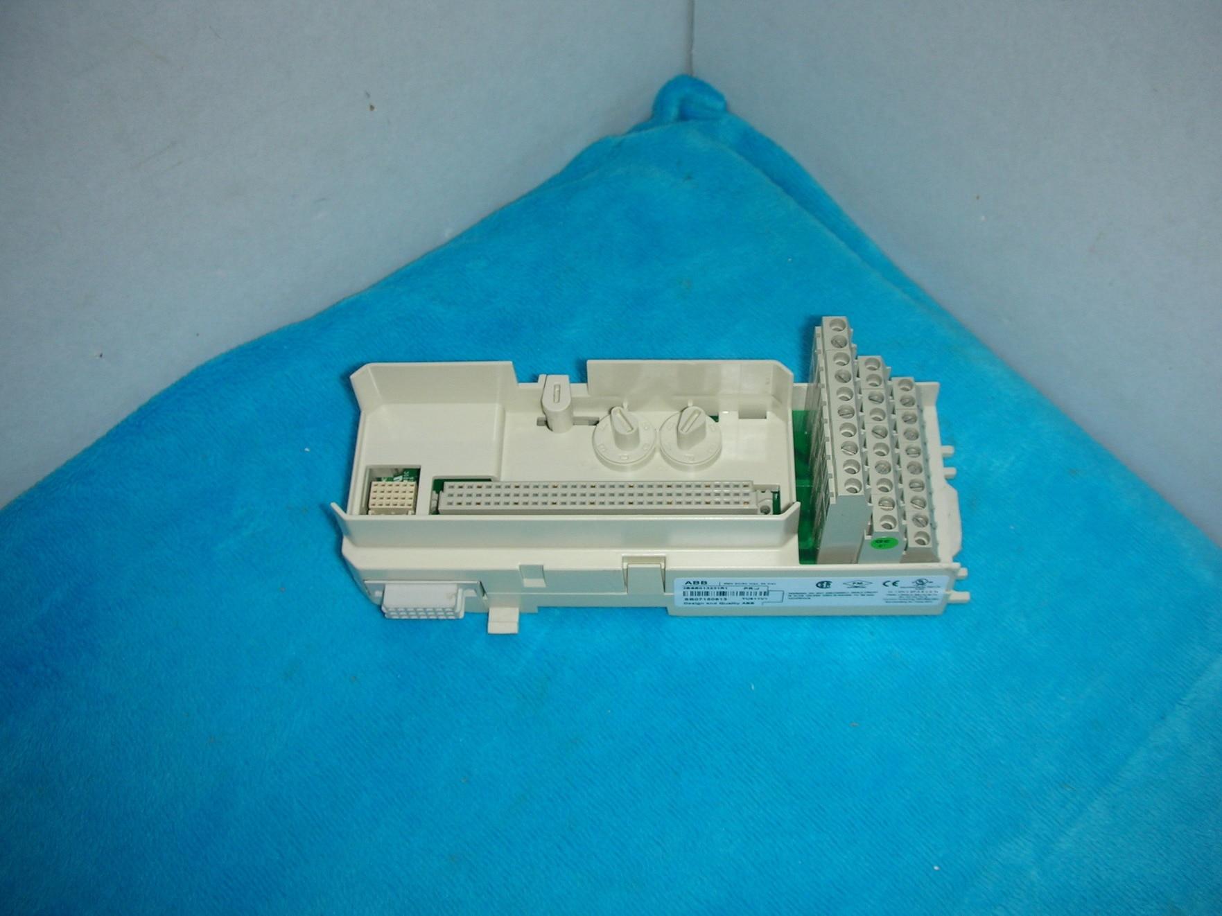 1PC USED 3BSE013231R1 TU811V1 1pc used 3bse013231r1 tu811v1