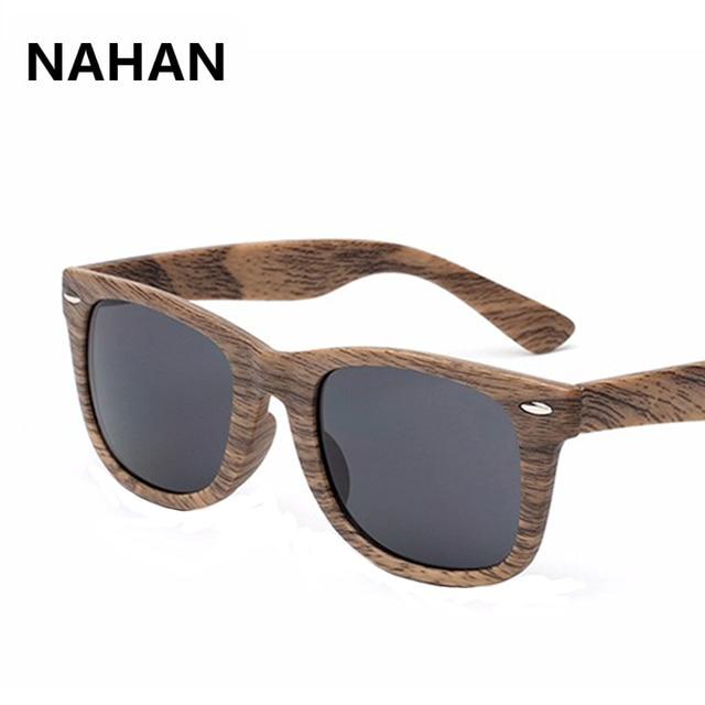 1f8d2033b52c9b Carré En Bois lunettes de Soleil Hommes Femmes Haute Qualité Protection UV  Conduite Lunettes Bonne Qualité