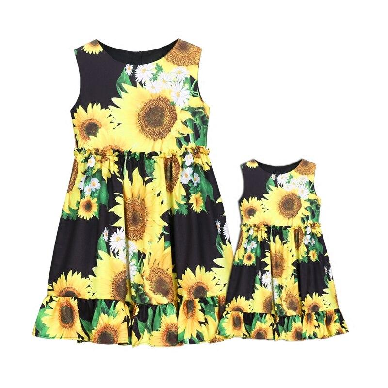 Sommerfrauen-Säuglingssonnenblumendrucke kleiden die - Kinderkleidung - Foto 6
