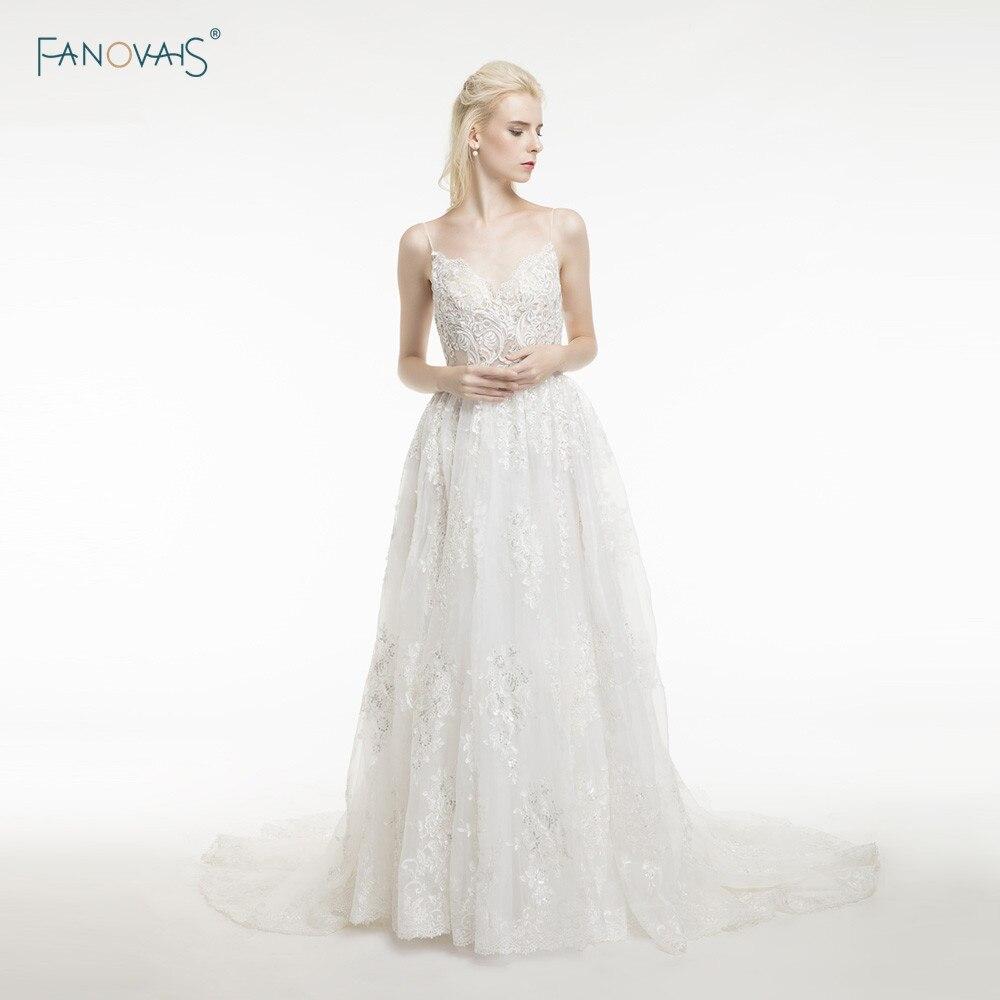 Sexy Boho Wedding Dresses 2017 Straps Open Back Beaded Lace Bridal Gown Beach Wedding Dress Long Vestido de Novia LU01