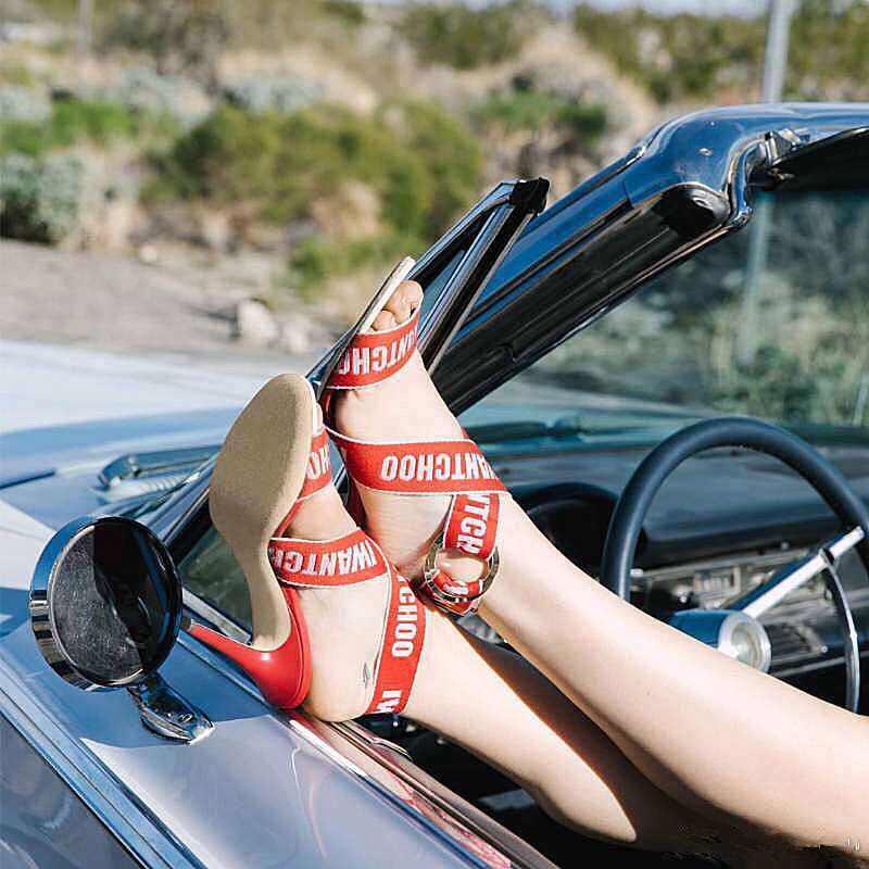 MStacchi di Disegno di Marca Sandalias Mujer 2019 Crossover Sandali Gladiatore Scarpe Da Donna Dell'involucro Della Caviglia Stileto Degli Alti Talloni Delle Donne Sandali